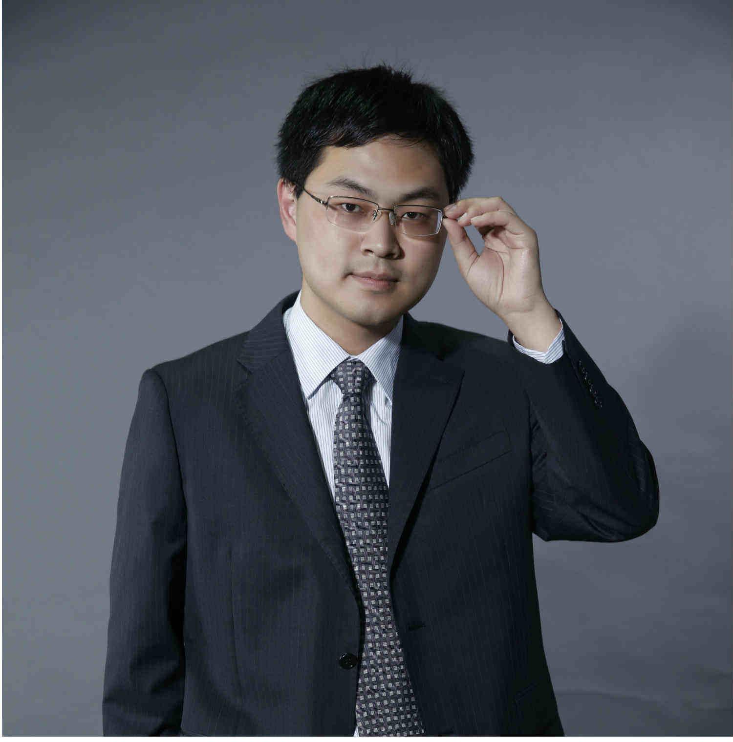 钱柜客户端CFA讲师:Chen老师