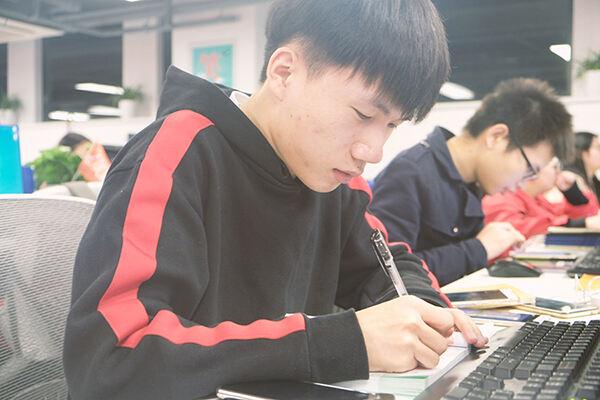 经济师考试科目有几科